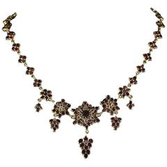 Antique Victorian Garnet Gold Necklace circa 1880