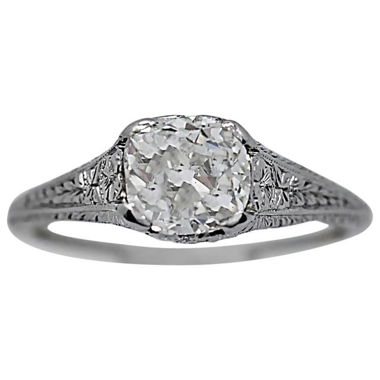 Art Deco 1.20 Carat Diamond White Gold Engagement Ring