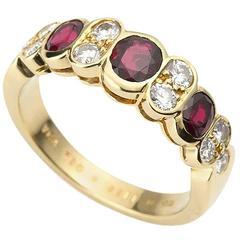 Van Cleef & Arpels Ruby Gold Ring