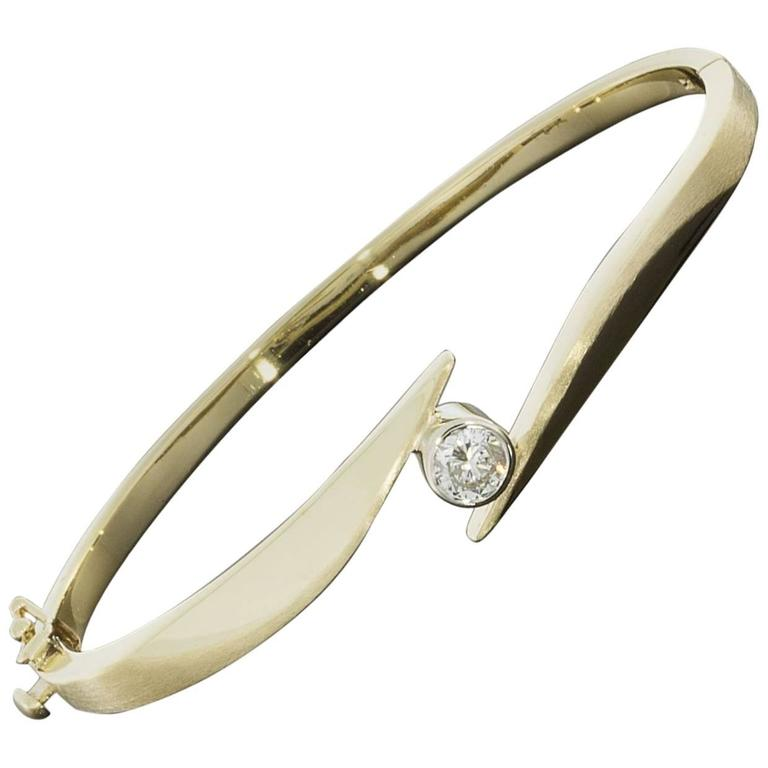 bracelet en hover bangle diamond kay zoom zm silver white bangles ct kaystore tw gold to mv