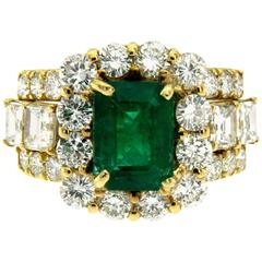 Natural 2.80 Carat Colombian Emerald Diamond Gold Ring
