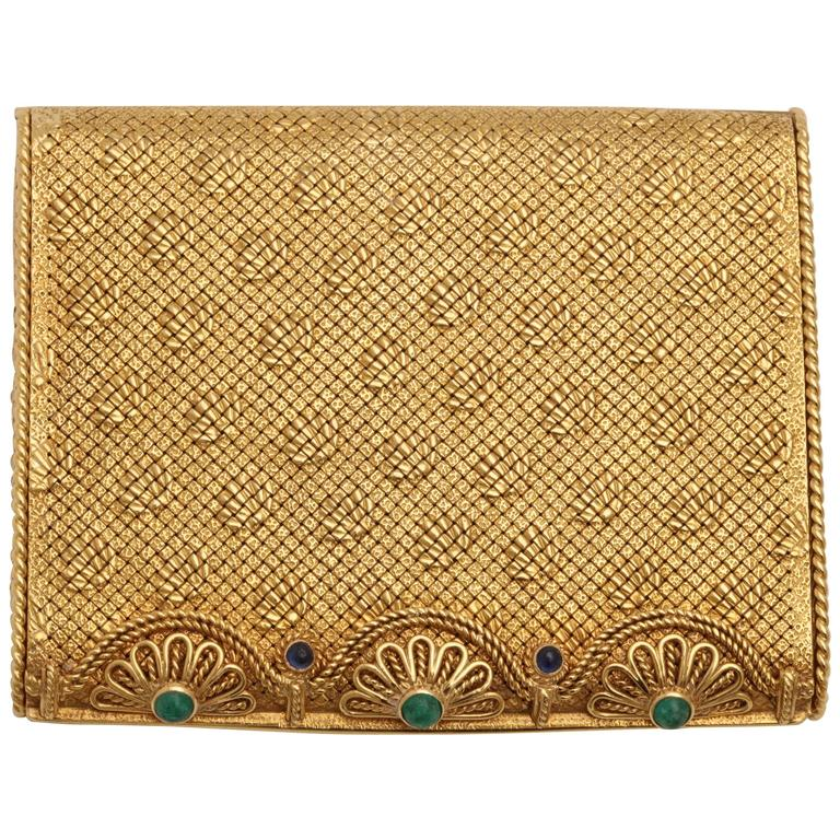 Van Cleef & Arpels Sapphire Opening Cabochon Emerald Yellow Gold Compact