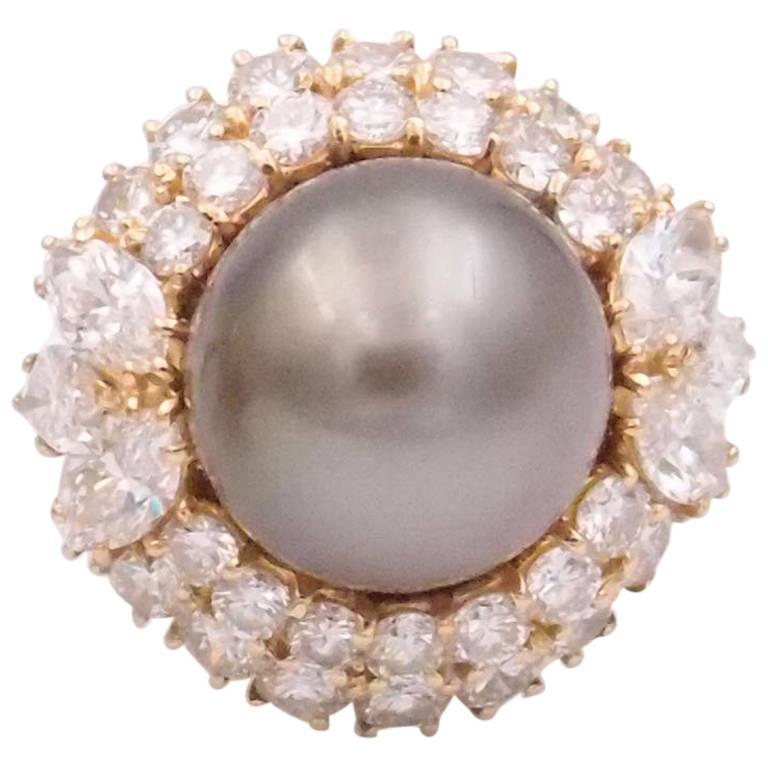 Harry Winston Tahitian Pearl and Diamond Ring 2