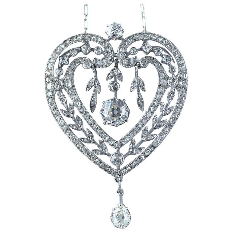 Diamond Platinum Heart Shape Belle Époque Pendant Necklace, circa 1910