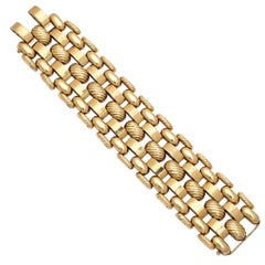 Vintage 1940s Retro Textured Gold Bracelet
