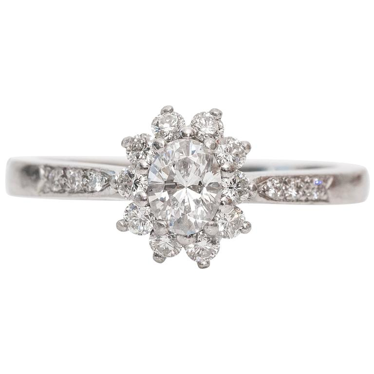 Tiffany & Co. Diamond Platinum Engagement Ring 2000s