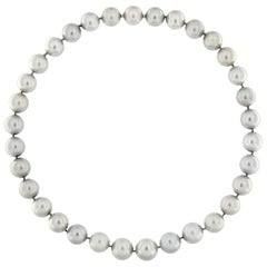 Jona Tahiti Light Grey Pearl Necklace