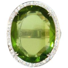 Laura Munder 27.44 Carat Peridot Diamond White Gold Ring
