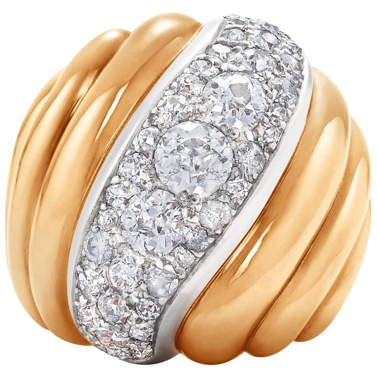 Suzanne Belperron Yellow Gold Bombe Diamond Wave Ring, circa 1940s For Sale