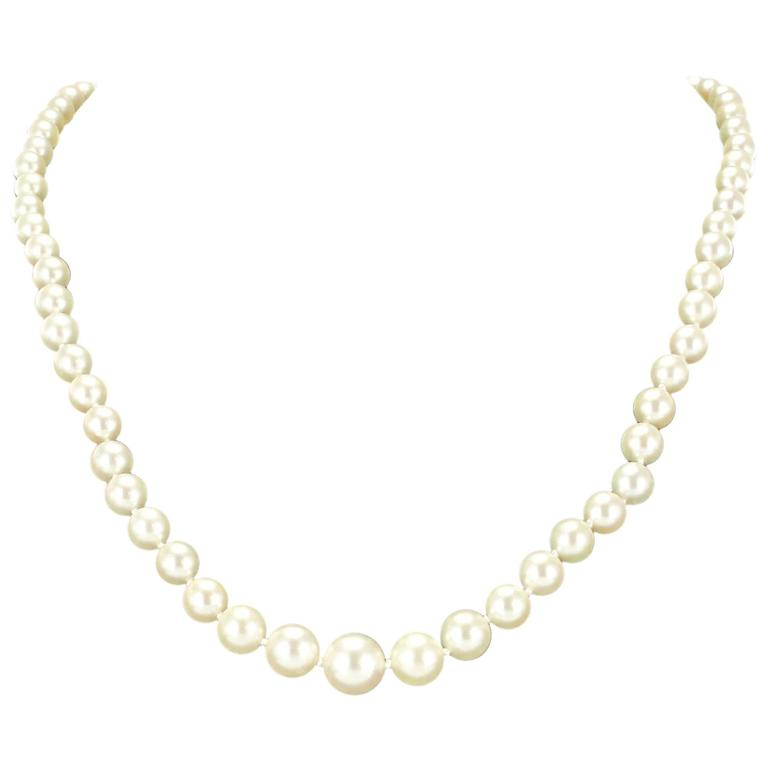 1950s Japanese Cultured Round Pearl Necklace