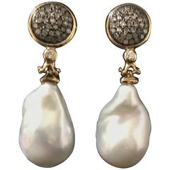 Cultured Pearls and Yellow Gold Baroque Chandelier Earrings