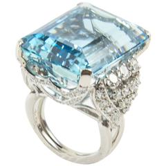 Sensational 40 Carat Aquamarine Diamond Platinum Ring