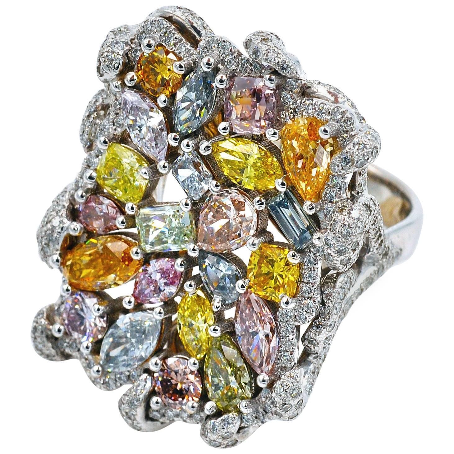 rarities color cent carat diamonds press dorotheum news rosegold g ct ca v en estimate chaumet at brooch workmanship us peridot under in outstanding natural with diamond end a solitaire j archive auction total the of about hammer