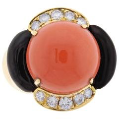 Trio Coral Onyx Diamond Ring