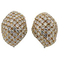 Stunning David Webb Yellow Gold Diamond Earrings