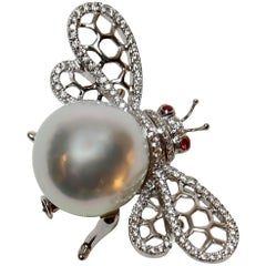 South Sea Pearl Ruby Diamond Gold Bumble Bee Brooch Pin Estate Fine Jewelry