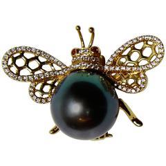 Black Tahitian South Sea Pearl Diamond Ruby Gold Bumble Bee Statement Brooch Pin