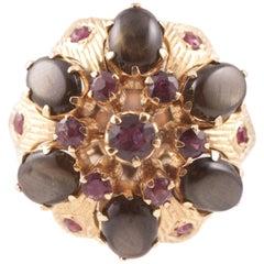 Black Star Sapphire Ruby Ring in 18 Karat Gold