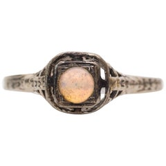 1930s Art Deco Opal 10 Karat White Gold Ring with Filigree Etching