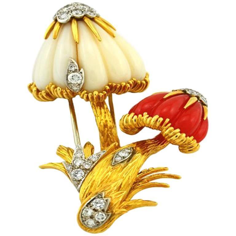 Van Cleef & Arpels Coral Diamond Gold Mushroom Brooch  For Sale