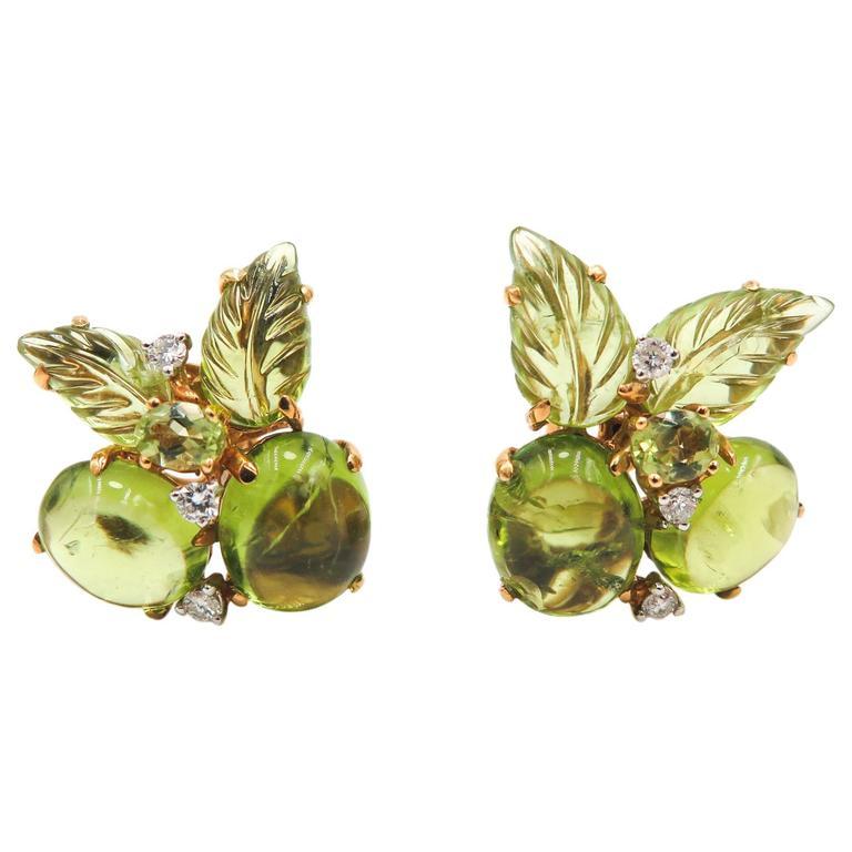 Peridot Carved Gold Earrings