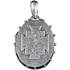 Antique Victorian Silver Locket Dated Birmingham 1885