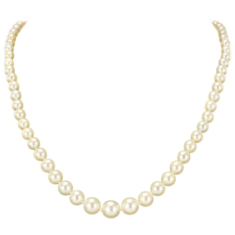 1950s Japanese Cultured Round White Pearl Necklace For Sale