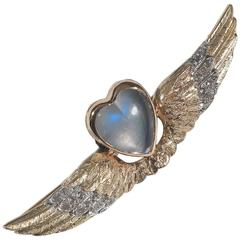 1890s Heart Moonstone Diamond Gold Wings Brooch