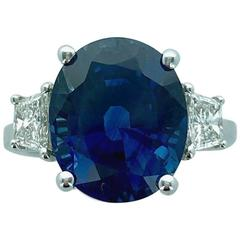 Oval Natural Sapphire Diamond White Gold Ring