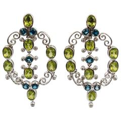 Laura Munder Peridot Topaz White Gold Springtime Earrings