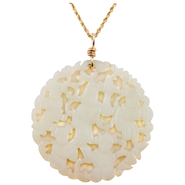 Carved Nephrite Jade Necklace in 14 Karat Gold For Sale