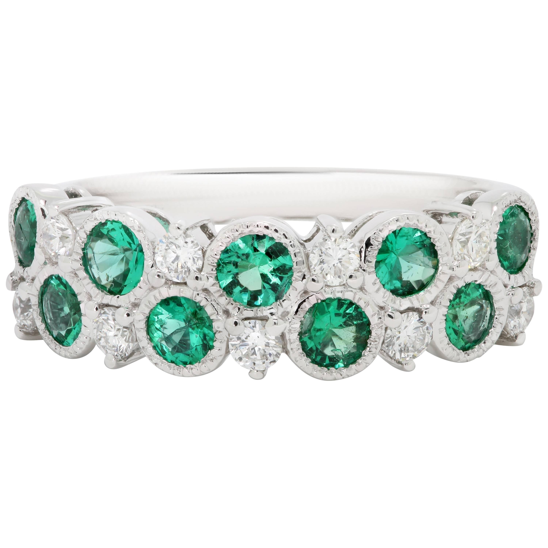 Emerald Round White Diamond Round White Gold Band Fashion Cocktail Ring