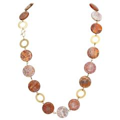 1970s Orange Reptile Pattern Agate Gold Open Link Necklace with Clasp