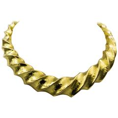 Hammered Finish 18 Karat Yellow Gold Twist Collar Necklace from Eiseman Jewels