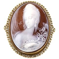 Carved Shell Cameo 14KT Gold Filigree Pin Pendant Italy