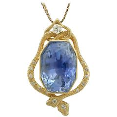 1950s 36.50 Carat Ceylon Sapphire and Diamond Yellow Gold Pendant