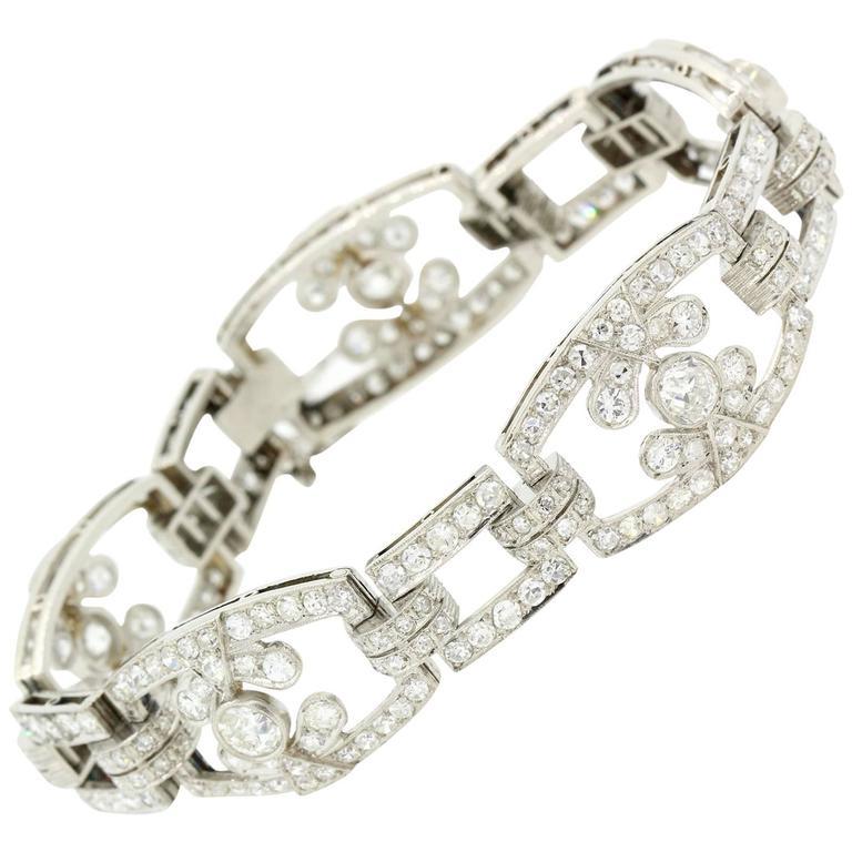 1940s Diamond Platinum Link Bracelet