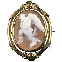 Antique Victorian Cameo Brooch Winged Angel with Cherubs