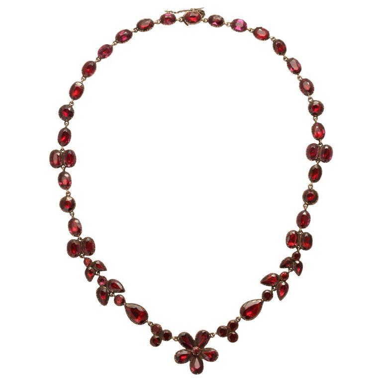 Beautiful Georgian Garnet Necklace
