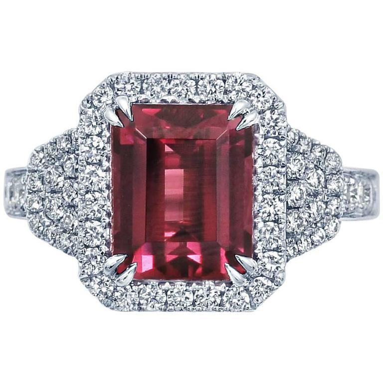 Frederic Sage 4.83 Carat Fine Rhodolite Garnet Diamond Gold One of a Kind Ring For Sale