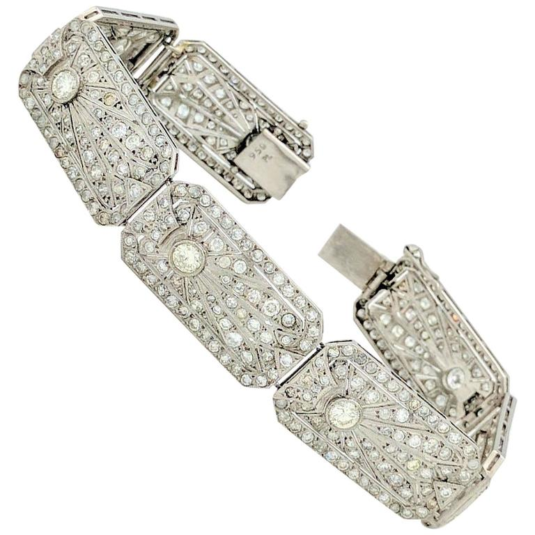 Art Deco 8.68 Carat Diamonds Platinum Bracelet 1