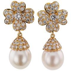 Van Cleef & Arpels South Sea Pearl Diamond Gold Pendent Earrings