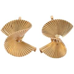 Swirled Gold Earrings