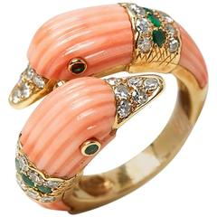 Van Cleef & Arpels Coral Diamond Emerald You and Me Gold Cocktail Ring