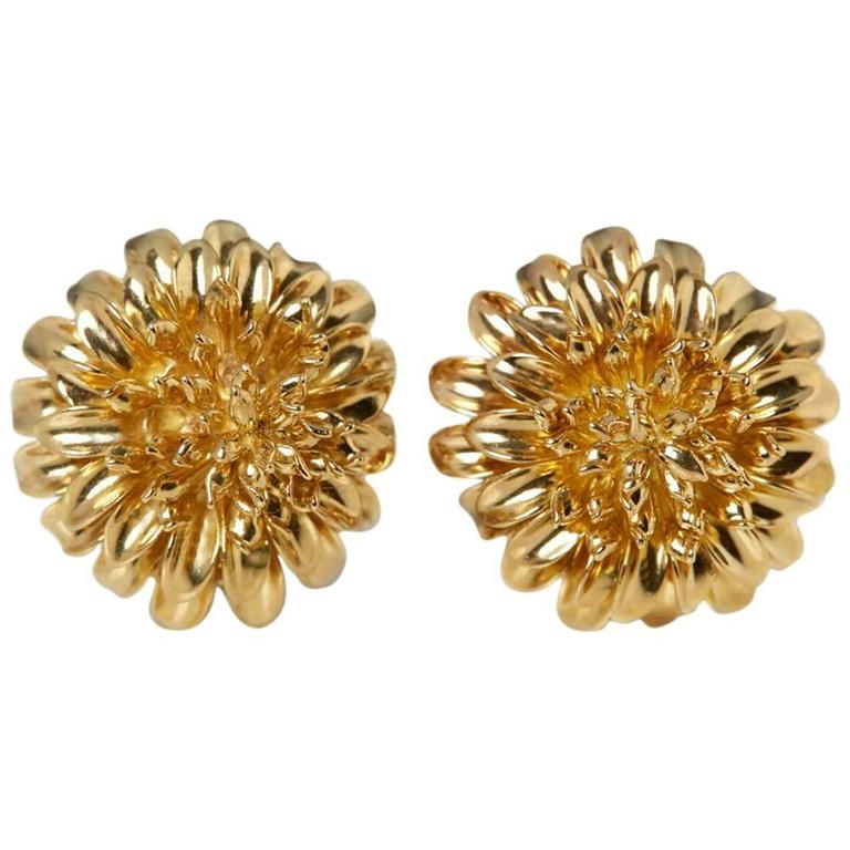 Tiffany & Co. 18 Karat Yellow Gold Chrysanthemum Earrings