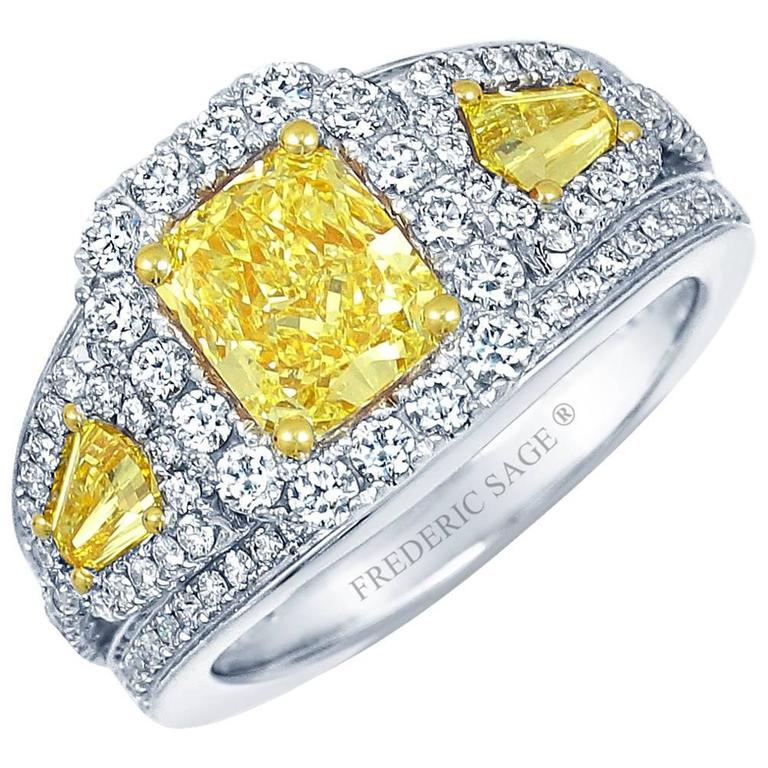 Frederic Sage 1.78 Carat Yellow and White Diamonds Ring For Sale