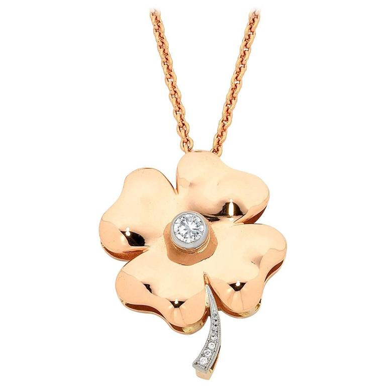 Diamond Gold Four-Leaf Clover Pendant 1