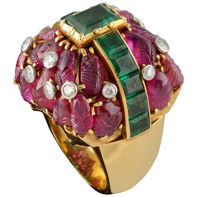 1960s French Ruby Emerald Diamond Gold Cocktail Ring 1
