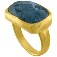 Ram Chandra Aquamarine 22K Hammered Gold Ring