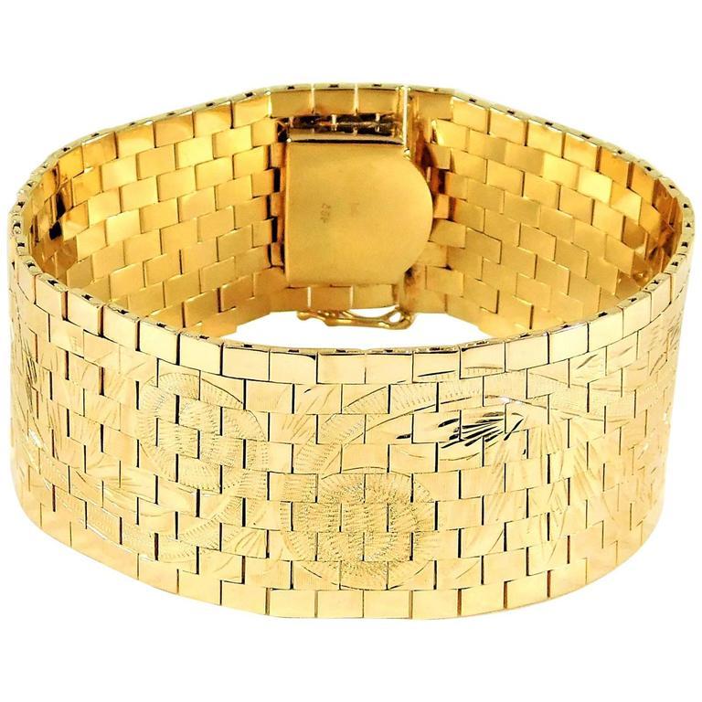 Breathtaking Gold Mesh Link Bracelet